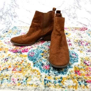 AEO Boho Faux Suede Ankle Booties Size 9